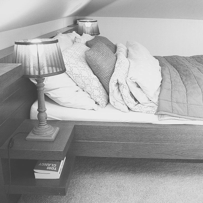 Projekt łóżka na wymiar, drewniane łóżko
